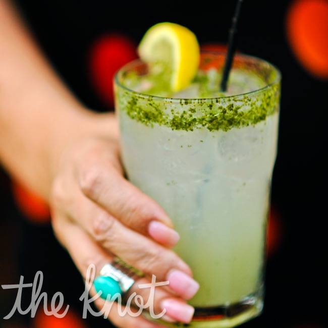 Guests sipped on a refreshing blend of gin, limeade, soda, and mint.