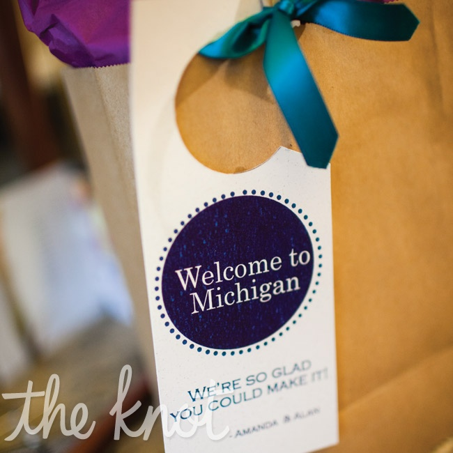 Because many of the guests were coming in from out of town, the couple made welcome bags filled with Michigan items like maps and local treats.