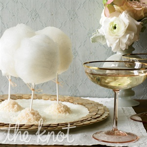 For a night to remember, plan surprises throughout the evening. Late-night treats like cotton-candy lollipops and sparkling wine seem even more special thanks to elegant presentation.