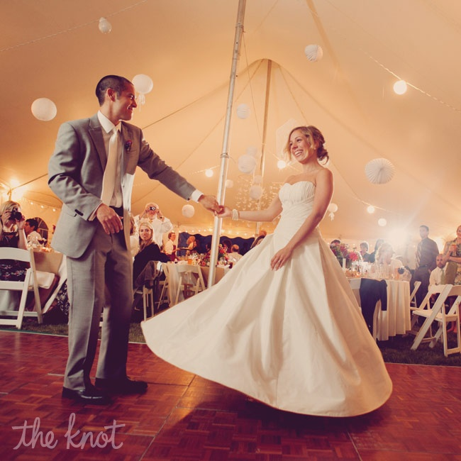 "The couple danced to Adele's ""Make You Feel My Love"" for their first dance."
