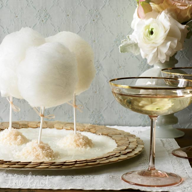 For a night to remember, plan surprises throughout the evening. Late-night treats like individual cotton-candy lollipops and sparkling wine seem even more special thanks to an elegant presentation.