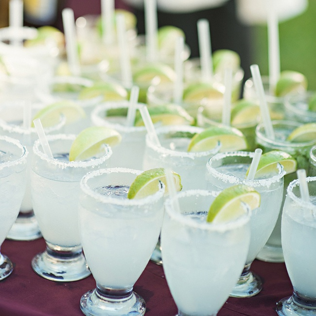 Lindsay and Brady treated their guests with margaritas during the cocktail hour.
