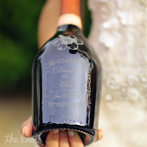 Engraved Wine Bottles For Wedding Gift : Engraved Wine Bottle