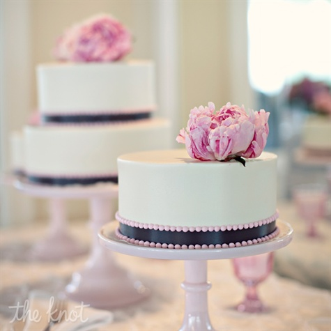 Small Round Cakes