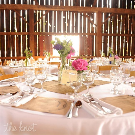 Rustic Floral Tablescapes