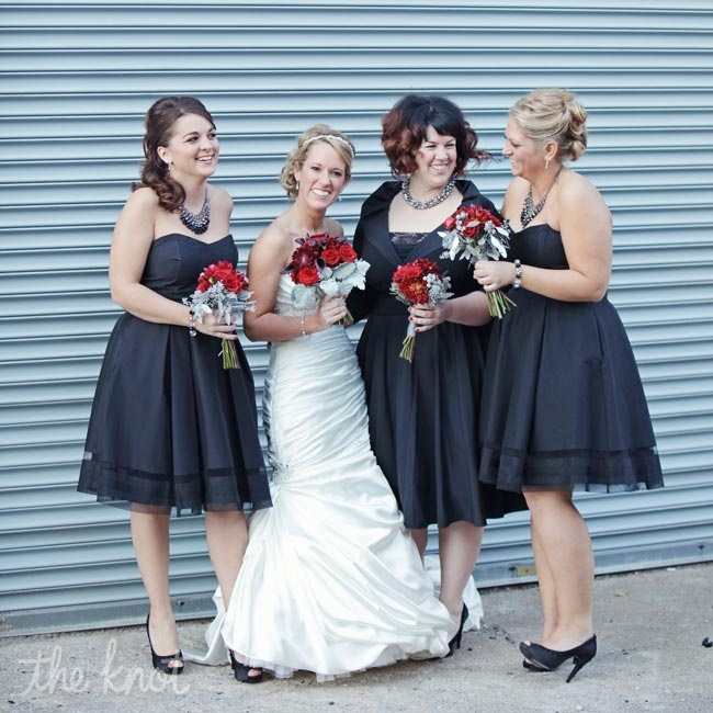 All the bridesmaids wore classic black dresses that they got to choose. To tie their looks together, they wore the same black peep-toe pumps.