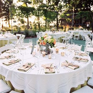 White and gold linens covered the outdoor tables.