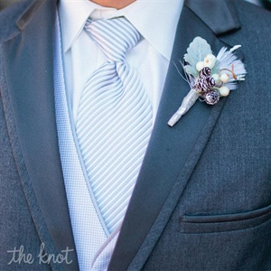 The Groom's Wintry Boutonniere