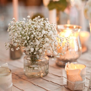 Baby&#39;s Breath Centerpieces