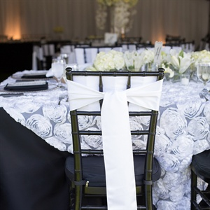Black-and-White Table Decor