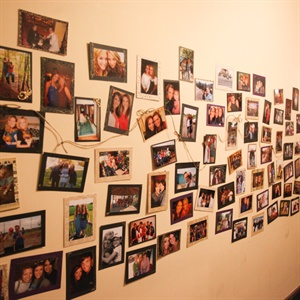 Tim and Chloe displayed an amazing amount of photos- 6,000 to be exact- depicting their relationship, keeping their guests busy while they took their wedding photos.
