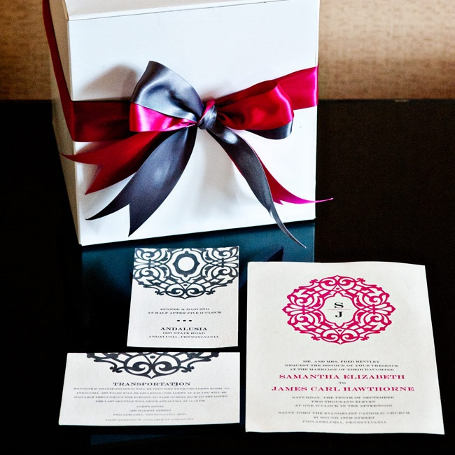 Pewter and pink fonts paired with bold geometric designs tied the stationery together.