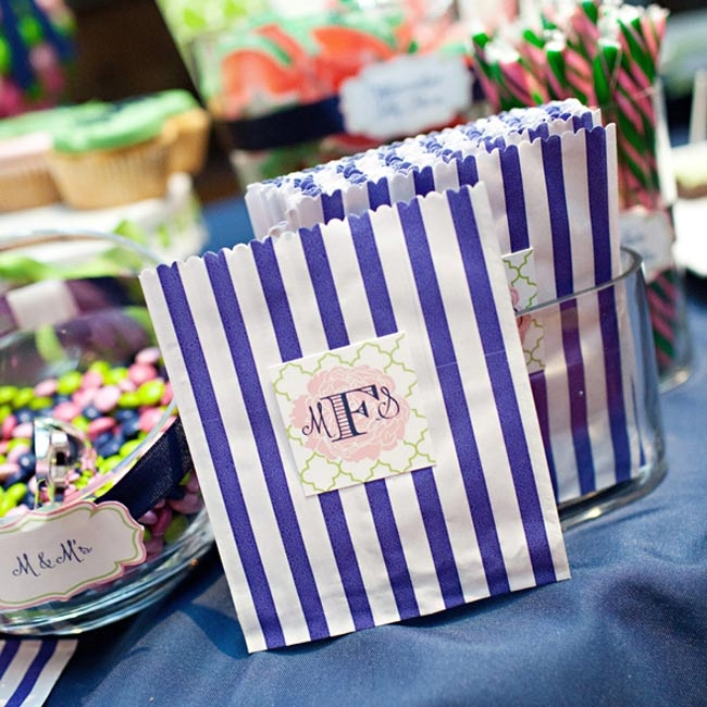 Michelle and Sean have a big sweet tooth so they decide to have a candy and dessert table where they could share their favorite desserts with their guests. They gave their guests these pinstripe bags for the candy.