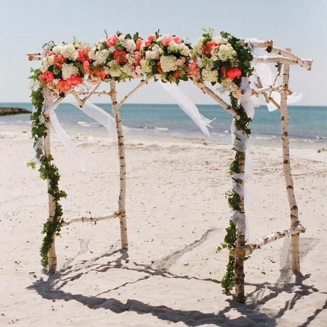 Beach Wedding Arch: 301 Moved Permanently