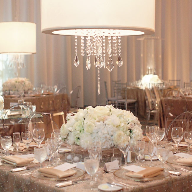 Varying centerpieces and linen combinations ensured that no two reception tables were decorated exactly alike.