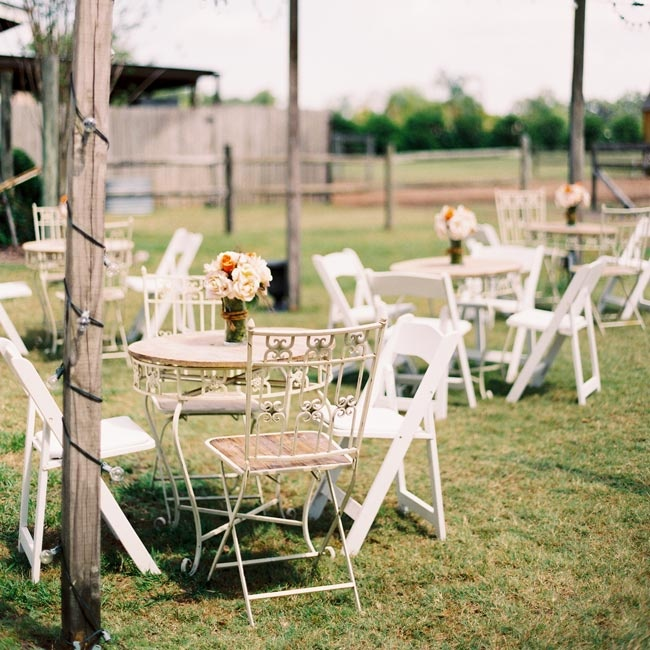 The outdoor cocktail hour featured a vintage-garden vibe with different furniture and small floral bouquets.
