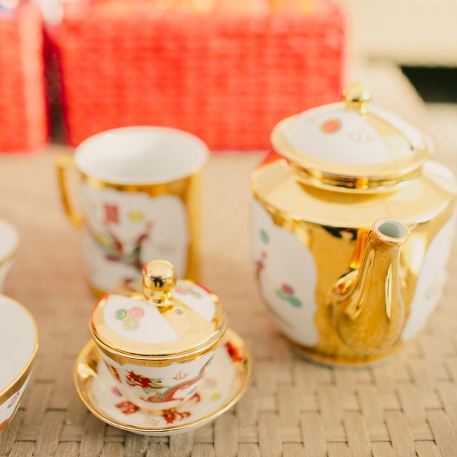 During the wedding, the couple and their parents participated in a traditional tea ceremony.