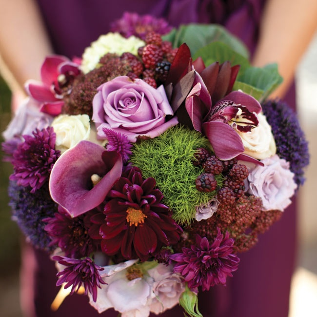 The textured bunches included dahlias, calla lilies, roses and raspberries.