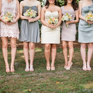 Never a fan of matching bridesmaid dresses, Courtney trusted each of her seven girls to pick her own dress in a soft neutral color.