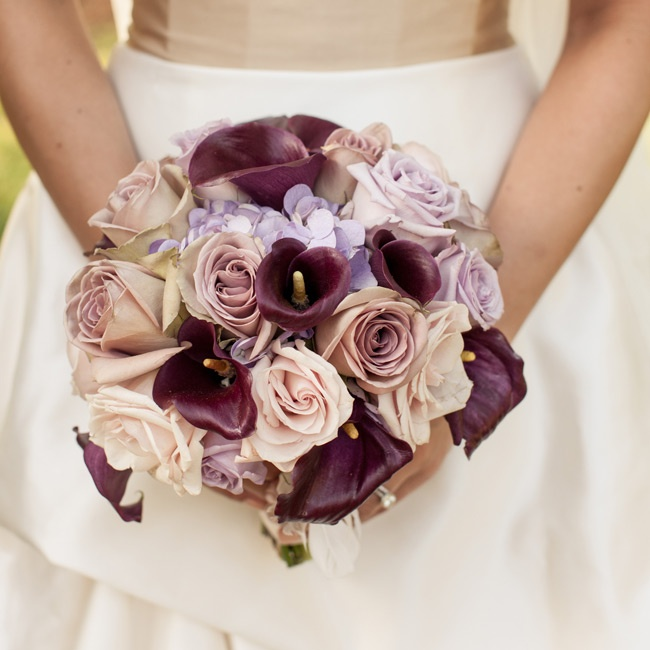 Jenn's bouquet of eggplant-colored mini calla lilies, lavender-colored roses and hydrangeas had an antique look.