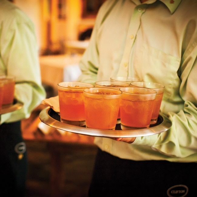 Guests sipped on sweet-tea-infused vodka with lemonade.