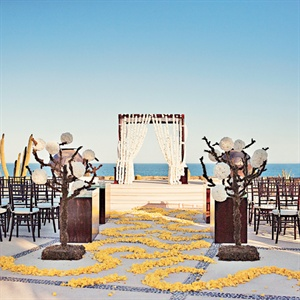 Beachside Ceremony Decor