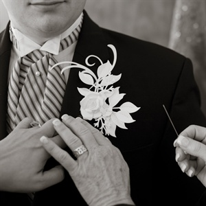 The guys wore paper-flower boutonnieres.