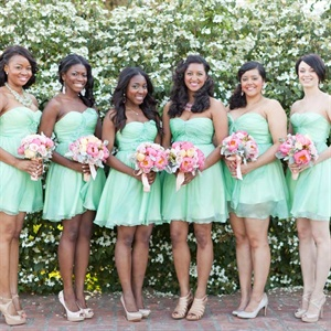 All the bridesmaids wore strapless mint-green dresses. Each chose her own shoes and accessories.