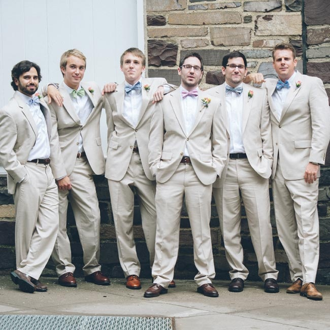All the guys wore matching khaki suits; Noah gave them bow ties in different hues.
