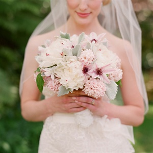 Blush Amaryllis Bouquet