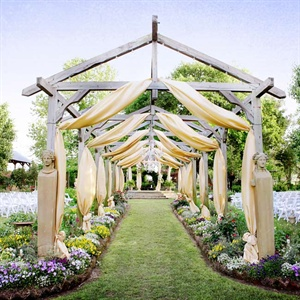 Elmwood Gardens Ceremony