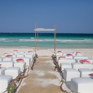 Simple Beach Ceremony
