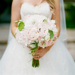 Romantic Textured Bridal Bouquet