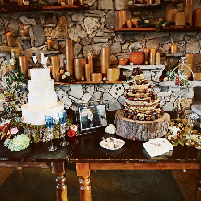 Wood and lace elements were present throughout the reception, including in the display of the white chocolate amaretto cake and the chocolate chip pie tower.