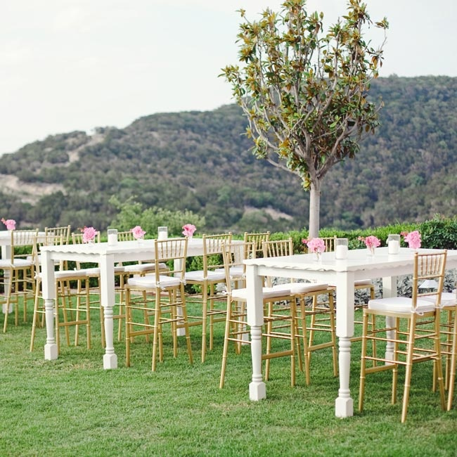 "Because the view overlooking Lake Austin was so stunning, the couple kept the décor simple. ""I wanted to let the natural setting really shine,"" AnaLiza recalls."