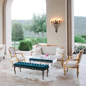 Classy Vintage Lounge Area