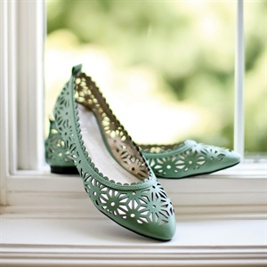 Sage Cut-Out Detailed Flats