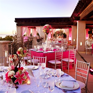 Fuchsia Reception Decor
