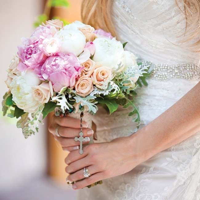 Kelly's pale bouquet of peonies,