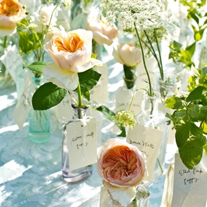 Single-Flower Escort Cards