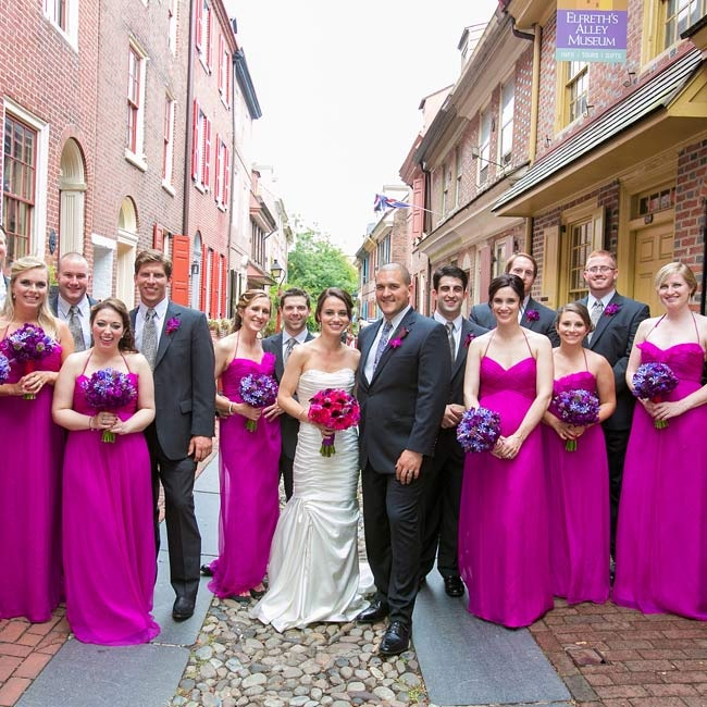 After the ceremony, the bridal party took to the cobbled streets of Philadelphia's Old City for photos.