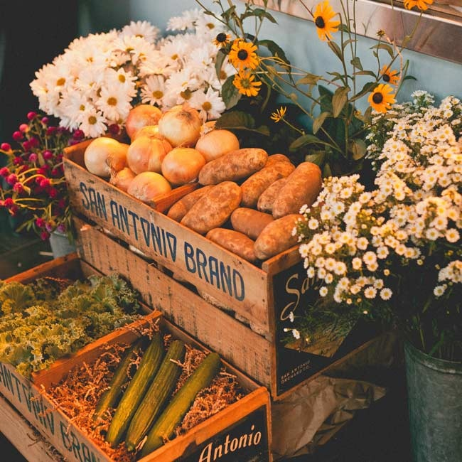 Kristin and her mother turned over every antiques store in the area to find the haul of treasures that brought the day to life, including eight vintage fruit crates.