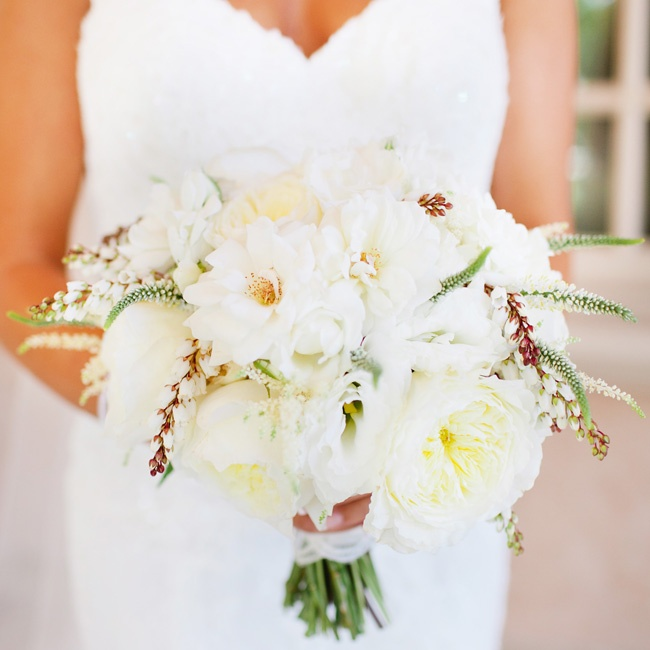 Rashana held a softly shaded bunch of