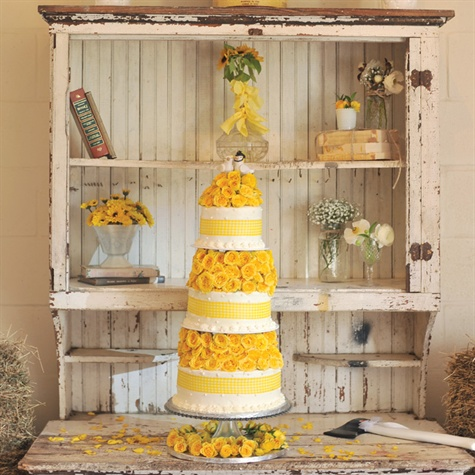 Shabby Chic Yellow and White Cake