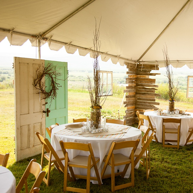 Casual Outdoor Wedding Reception Ideas: 301 Moved Permanently