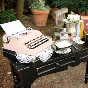Shabby Chic Guestbook Table