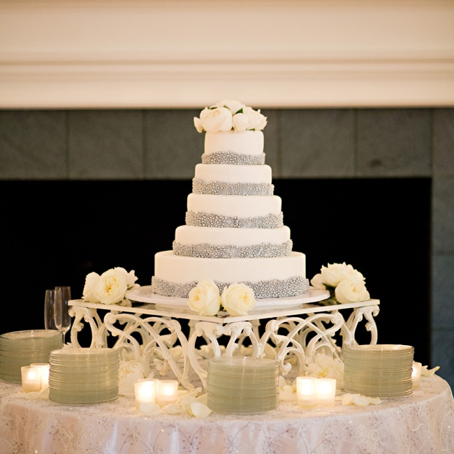Mirrored accents glammed up Havolynne and
