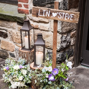 For added ambience, rustic wooden signs, lanterns and tree stumps dotted Blue Hill's property.