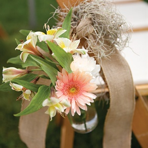 Daisy and Alstromeria Aisle Decor