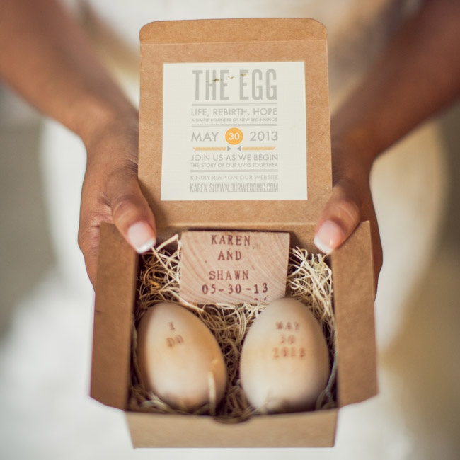 This DIY bride made whimsical invitations using boxes from papermart.com, wooden eggs from craftparts.com and an alphabet rolling stamp from Glassnam's Etsy shop.
